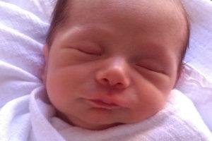 Veronika a Nicolas z Podbiela sa tešia z prvorodeného synčeka. Joachim Ján Gery Charton prišiel na svet 24. januára, vážil 2850 g a meral 48 cm.