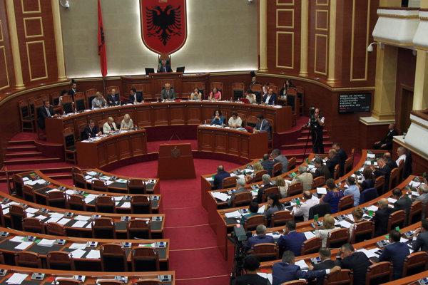 Albánsky parlament