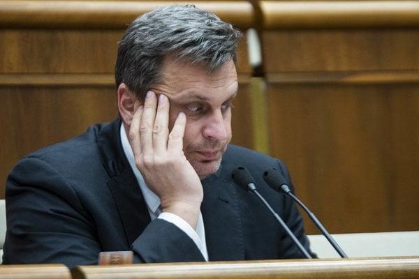 Predseda SNS Andrej Danko vidí svoj politický vzor v Orbánovi v Maďarsku. V SNS sa ním zrejme inšpirovali aj pri úvahe o vzniku štátnej tlačovej rady.
