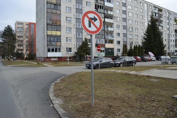 Zmena dopravy na Tomášikovej ulici.