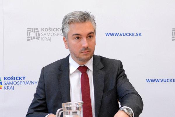 Podľa Trnku je pri výbere šéfa kultúry špecifická situácia.