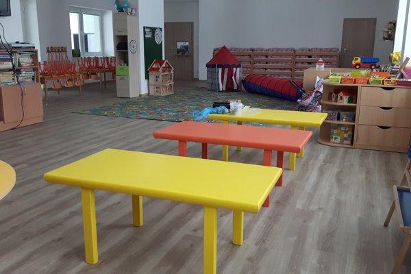 Z nových priestorov majú radosť aj miestne deti.