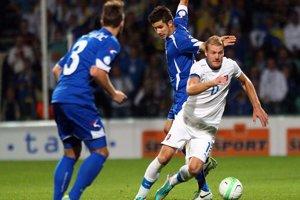 Adam Nemec odohral v reprezentácii 42 zápasov a strelil 13 gólov. Zúčastnil sa ME 2016.  Momentka z roku 2013.