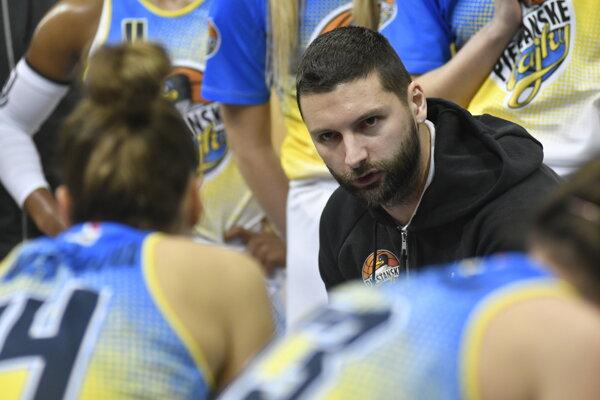 Na snímke tréner tímu Piešťanské Čajky Richard Kucsa.