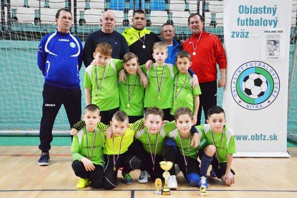 Víťazný tím FC Cabaj-Čápor U9.