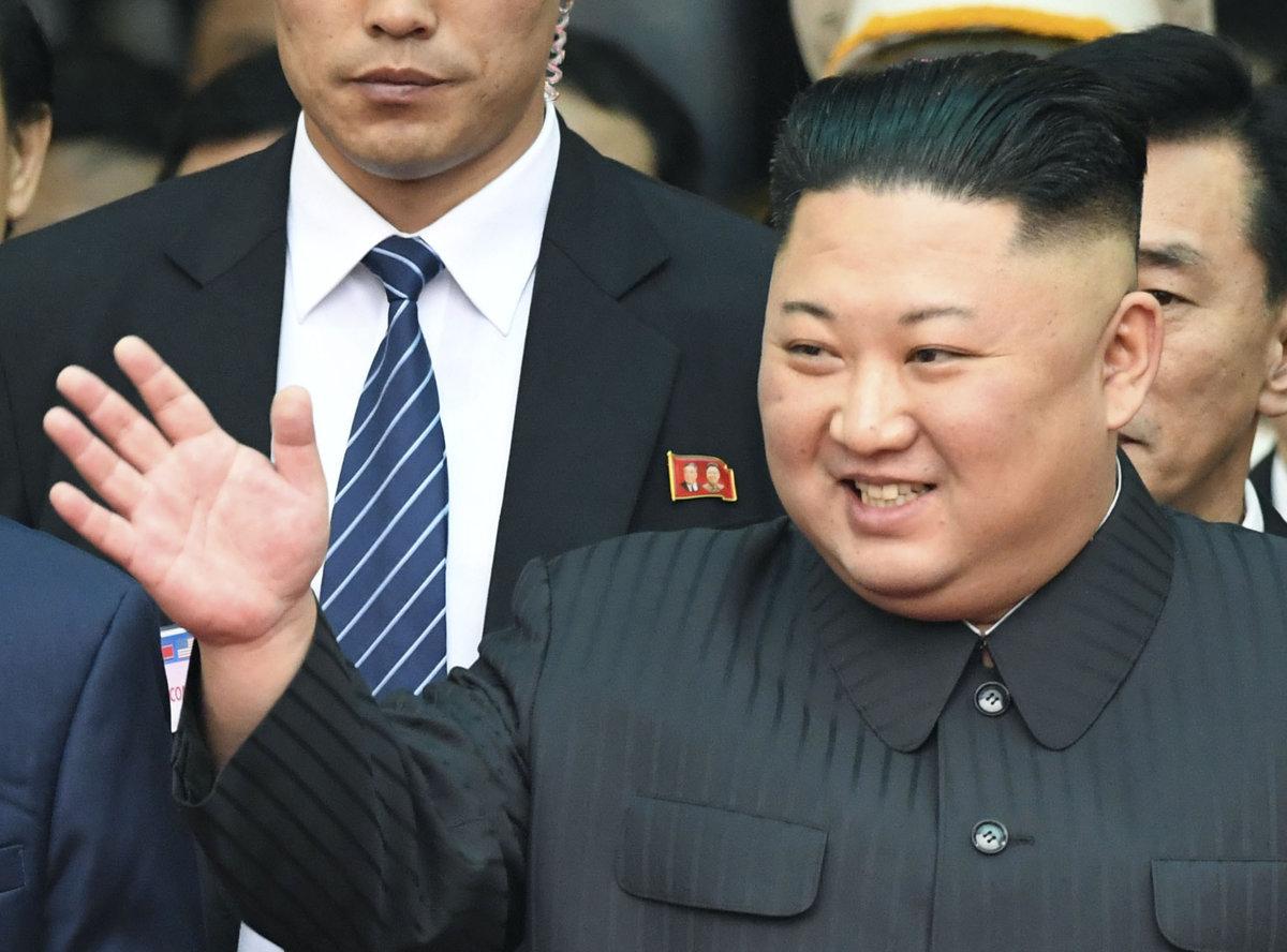 eeed7fa26 Colníci zadržali desaťtisíce fliaš vodky pre Kim Čong-una ...