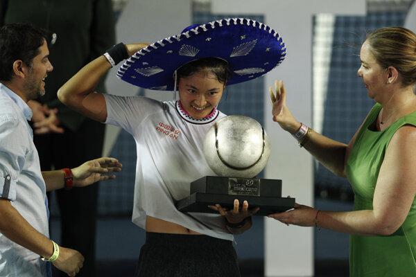 Wang Ja-fan sa raduje z titulu na WTA Acapulco 2019.