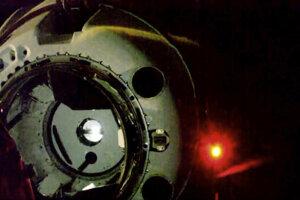 Na záberoch NASA kapsula smeruje k Medzinárodnej vesmírnej stanici.