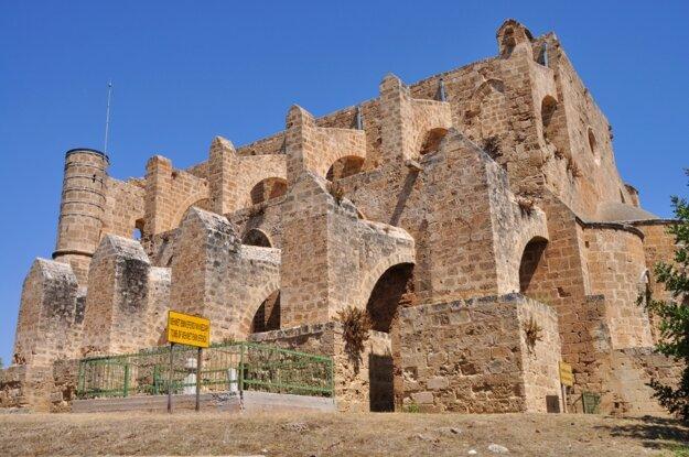 Famagusta - staré kostoly zdobia mesto