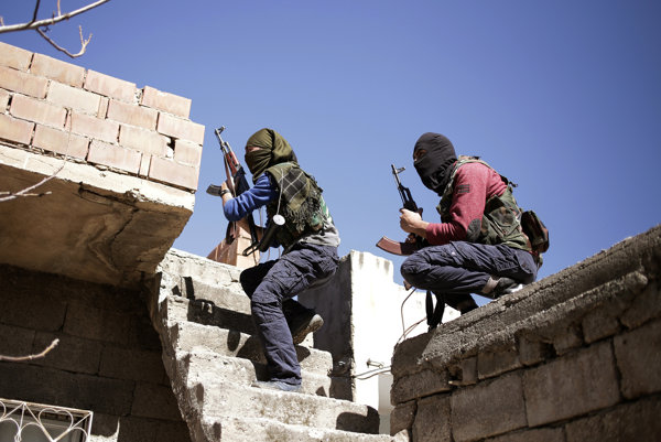 Kurdské milície.