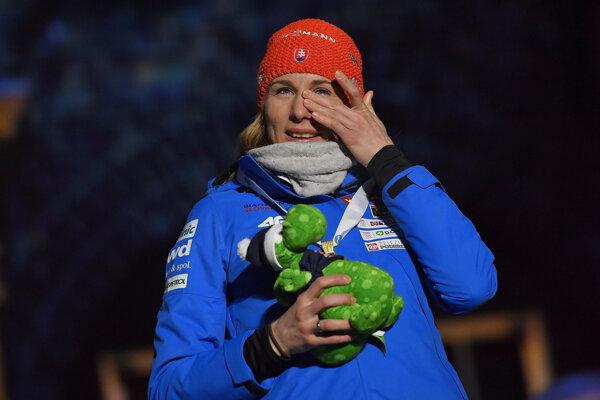Dojatá Anastasia Kuzminová.