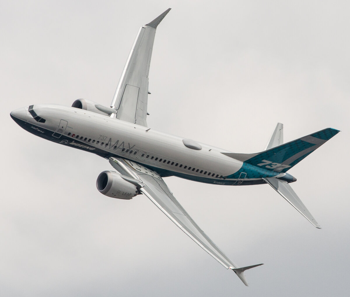 0af5f16a318e7 Boeing 737-MAX spoznáte podľa rozdvojených koncov krídel, ktorým sa v  leteckom žargóne hovorí