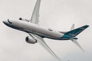 Boeing-737 MAX 8 na leteckej prehliadke. Rovnaký typ havaroval v Etiópii.