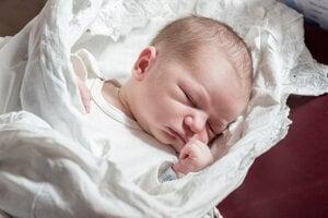 Lukáš Gabriš (4450 g, 53 cm) sa narodil 18. februára Júlii a Petrovi z Nemšovej.