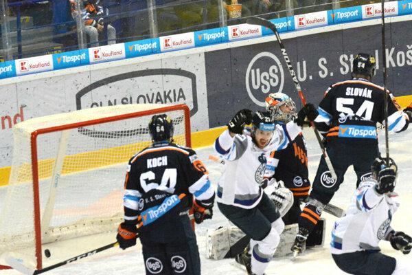 Popradčania vyhrali v Košiciach aj druhý zápas štvrťfinále.