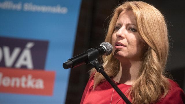 Zuzana Čaputová pri svojom poslednom vystúpení počas volebnej noci.