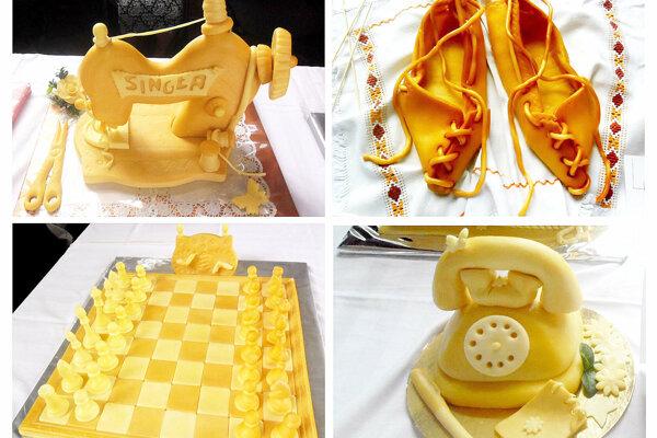 Výrobky zo syra predstavené na podujatí Novoťská hrudka a jarmok syrov v Novoti.