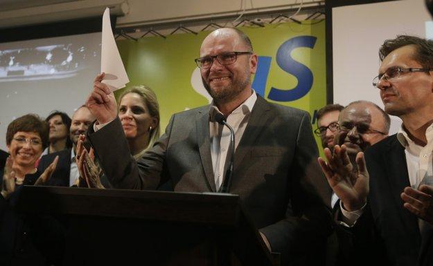 Richard Sulík sa na tlačovej konferencii poďakoval voličom SaS.