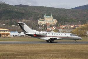 Na zmodernizovanom prievidzskom letisku dnes pristáli dve lietadlá z Nemecka.