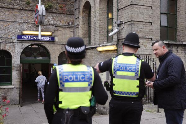 Podozrivé balíčky našli začiatkom marca aj v Londýne i Glasgowe.