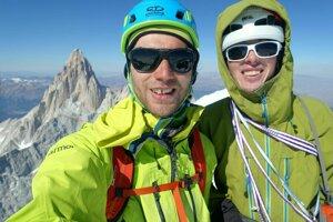 Jozef Krištoffy (vľavo) a Ondrej Húserka na vrchole Cerro Torre.