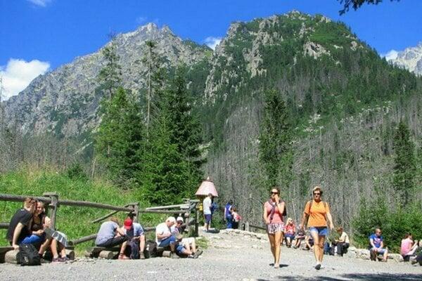 Rekreačné poukazy mali do Tatier prilákať viac návštevníkov.