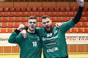 Radosť mali aj domáci brankári - Patrik Králik (16) a Michal Konečný (96).
