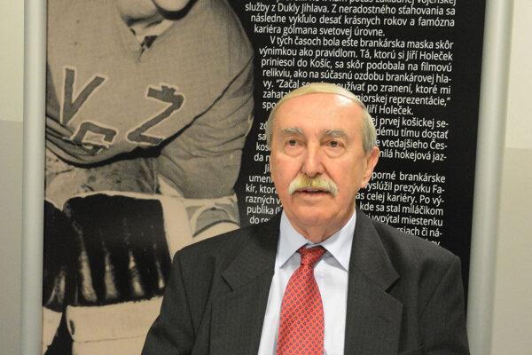 Jiří Holeček sa dožíva jubilea, oslávil 75 rokov.