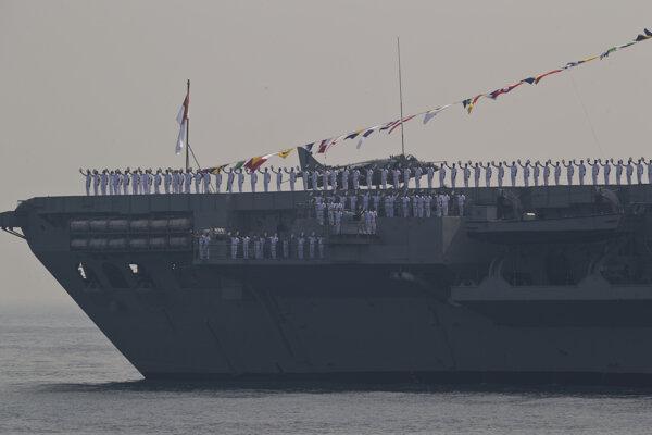 Lietadlová loď Viraat.