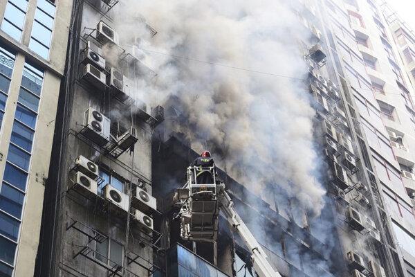 Požiar mrakodrapu.