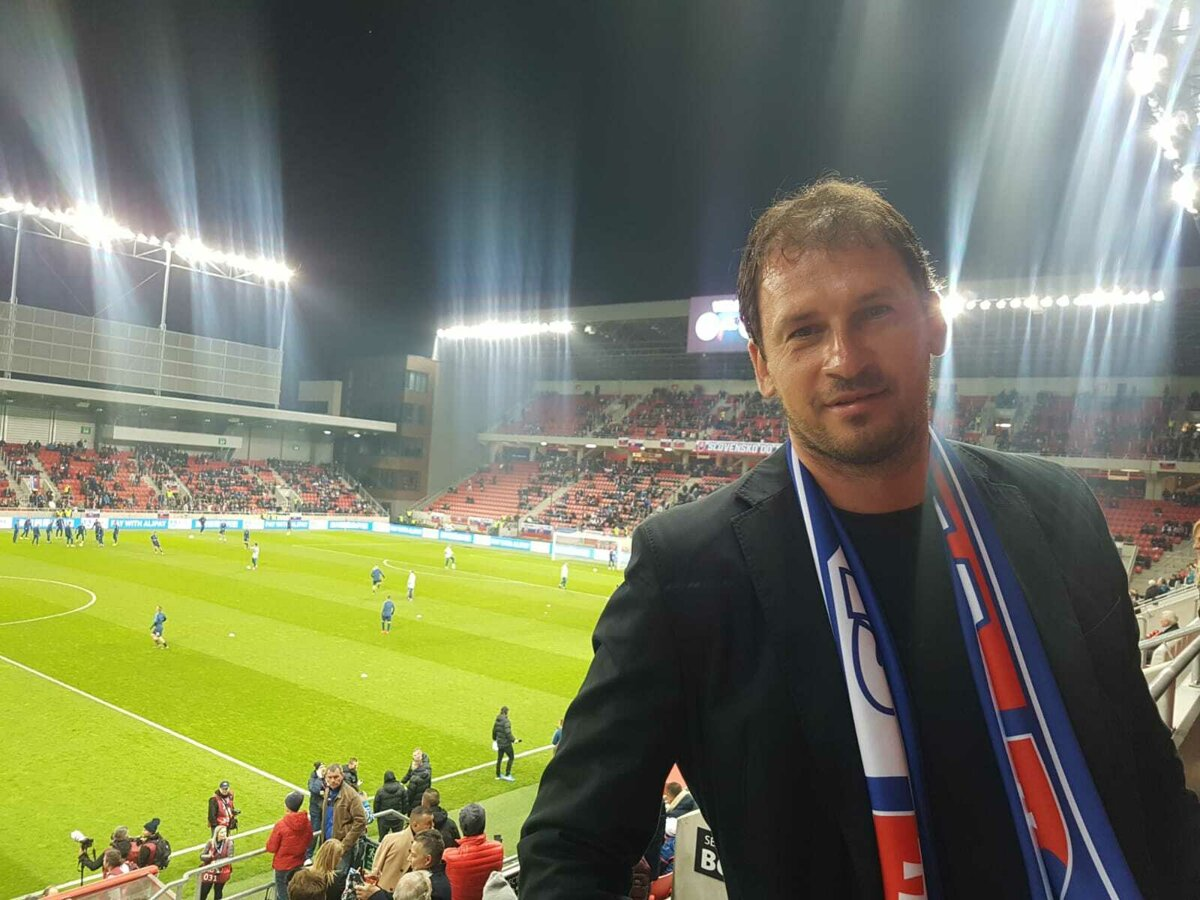 2e40a26d67beb Bývalý mládežnícky reprezentant si nenechal ujsť zápas Slovenska proti  Maďarsku.