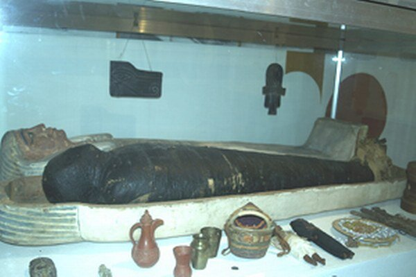 Múmia, ktorú vystavujú v múzeu, patrila statkárovi Istvánovi Süteovi Munkácsimu, ktorý rád cestoval.