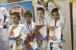V tímovej súťaži získali bronz.