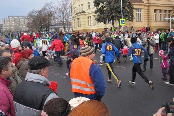Na tohtoročnom podujatí sa zúčastnilo približne 380 bežcov.