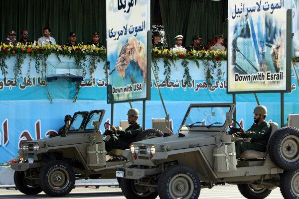 Iránske Revolučné gardy boli založené v roku 1979 na popud Rúholláha Chomejního.