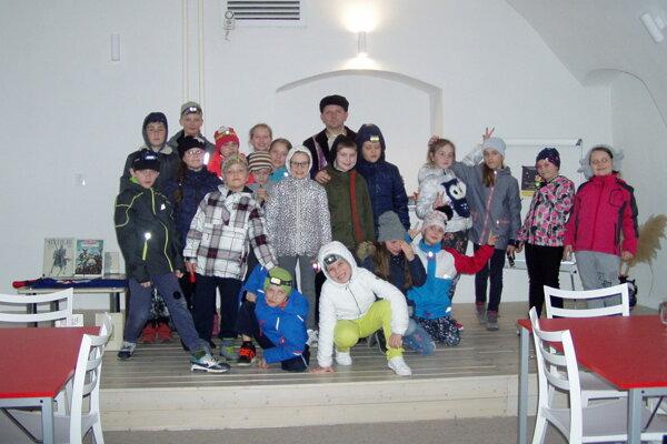 Účastníci bojnickej Noci sAndersenom. LENKA ŠAGÁTOVÁ