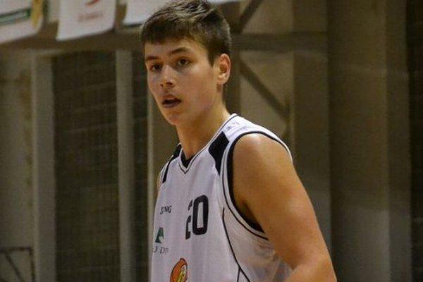 Branislav Pipíška v uplynulej sezóne hájil farby Žiaru. Teraz na jeho palubovke strelecky exceloval v drese Lučenca.
