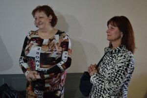 Oľhová (vľavo) a Darina Nagyová, predsedníčka odborov.