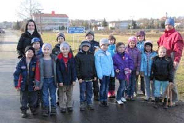 Dvadsaťpäť školákov zo Školského klubu Družinárik.
