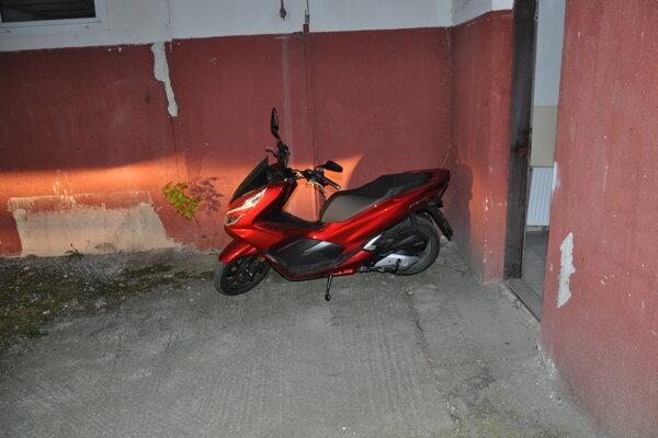 Motocykel vrátila polícia majiteľovi.