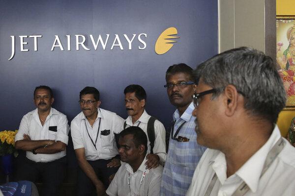 Spoločnosť Jet Airways pozastavila všetky lety.
