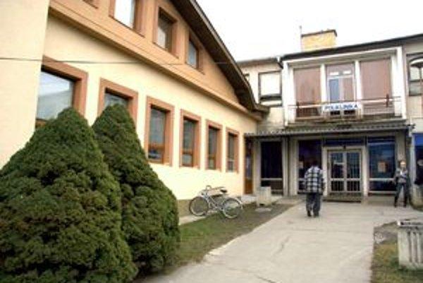 Kardiomed má v súčasnosti polikliniku v Poltári v prenájme.