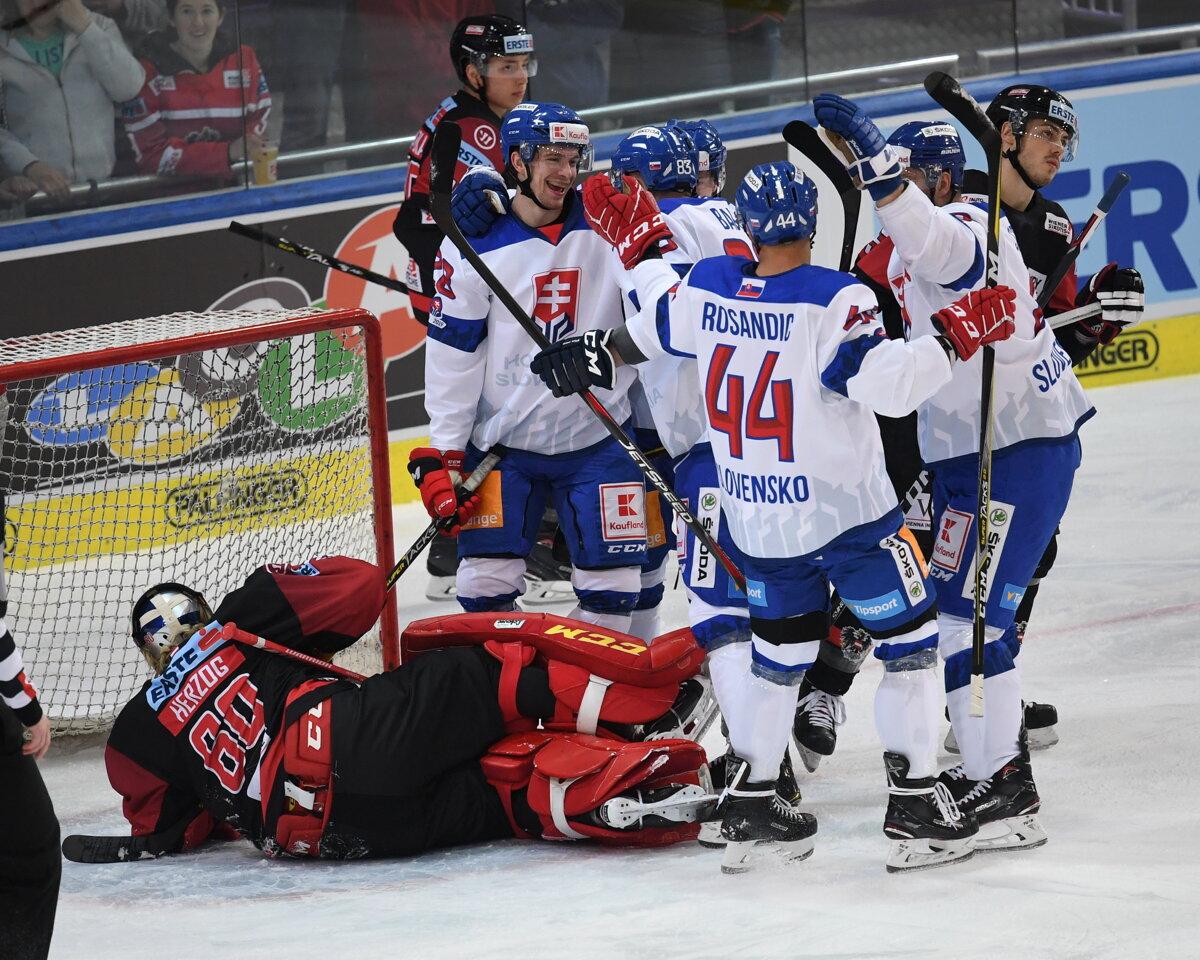 7f9ac170315c0 Momentka zo zápasu Rakúsko - Slovensko v príprave na MS v hokeji 2019.