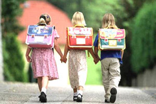 Aj v tomto roku priviedli rodičia na zápis viac chlapcov ako dievčat