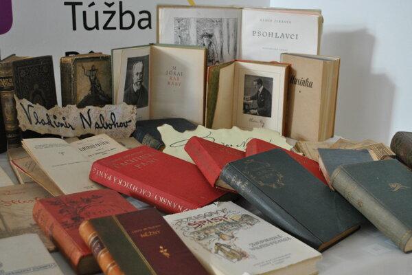 Expozíciu tvorí iba malý výber najpopulárnejších diel či autorov.