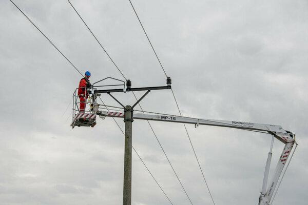 Elektrikári pripravujú pri Handlovej veľkú investíciu.