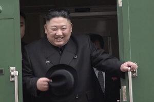Severokórejský vodca Kim Čong-un už docestoval do Vladivostoku.