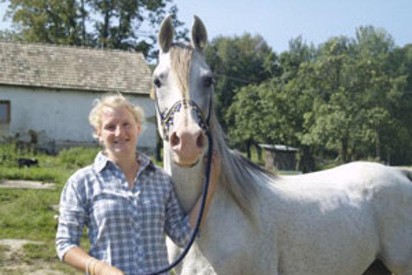 Petra začala jazdiť na koňoch, keď mala sedem rokov.