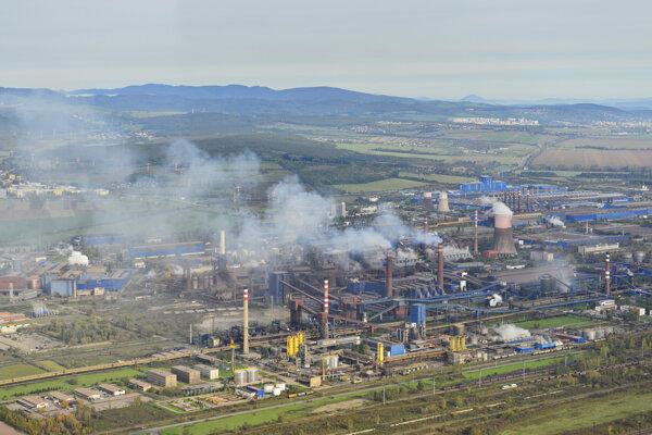 Oceliareň prijíma úsporné opatrenia.