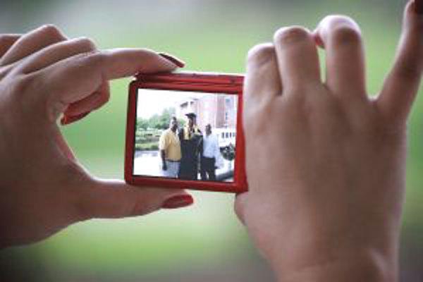 Bežný fotograf urobí počas dovolenky najčastejšie do sto fotiek.